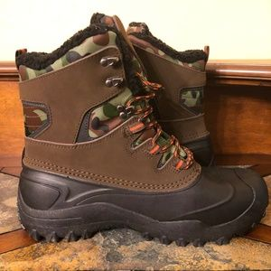 Goodfellow & Co Case Winter Camo Boots Size 11